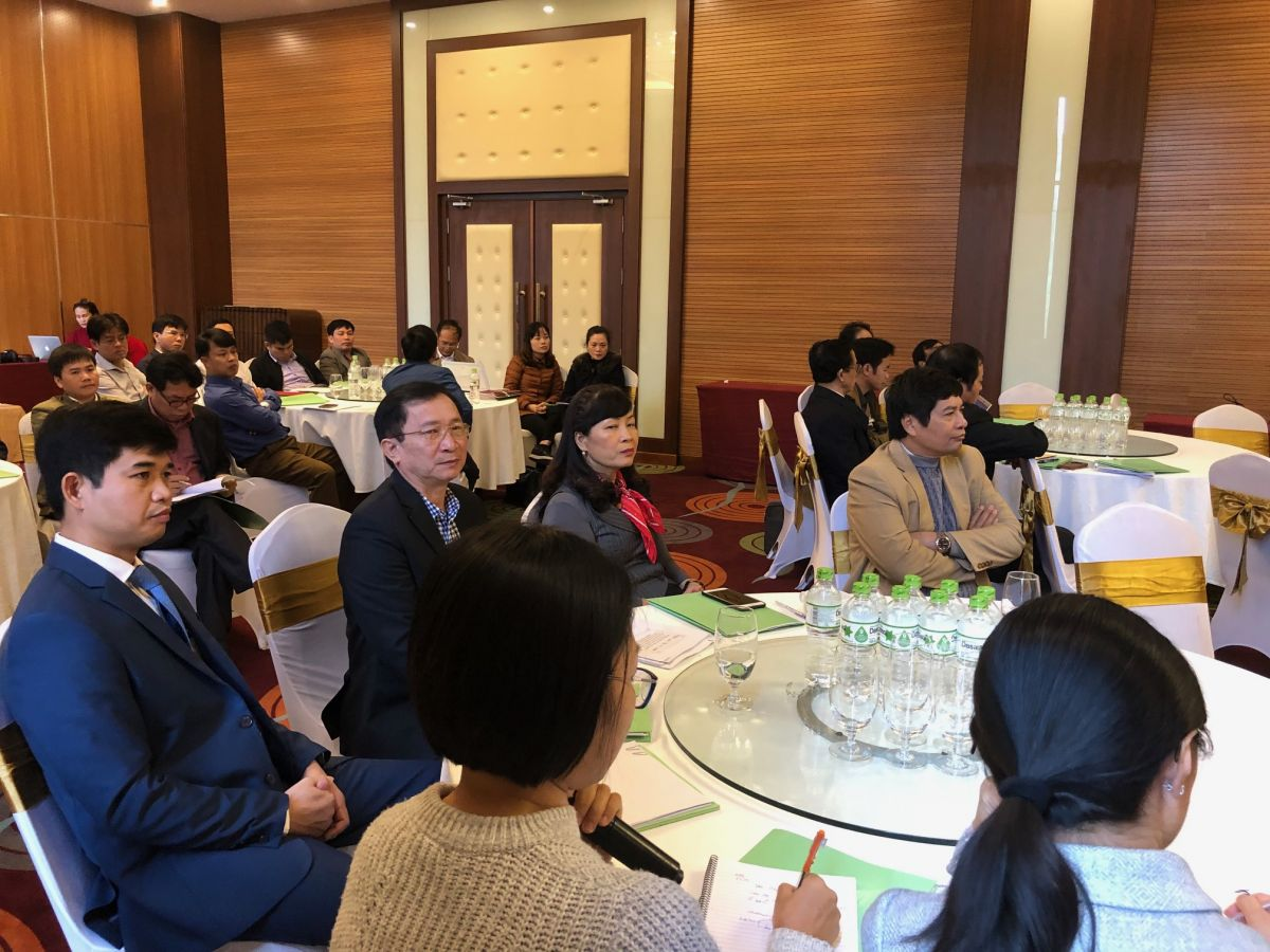 Mr. Dinh Viet Hong, Vice Chairman of Nghe An Provincial People Committee attends the workshop