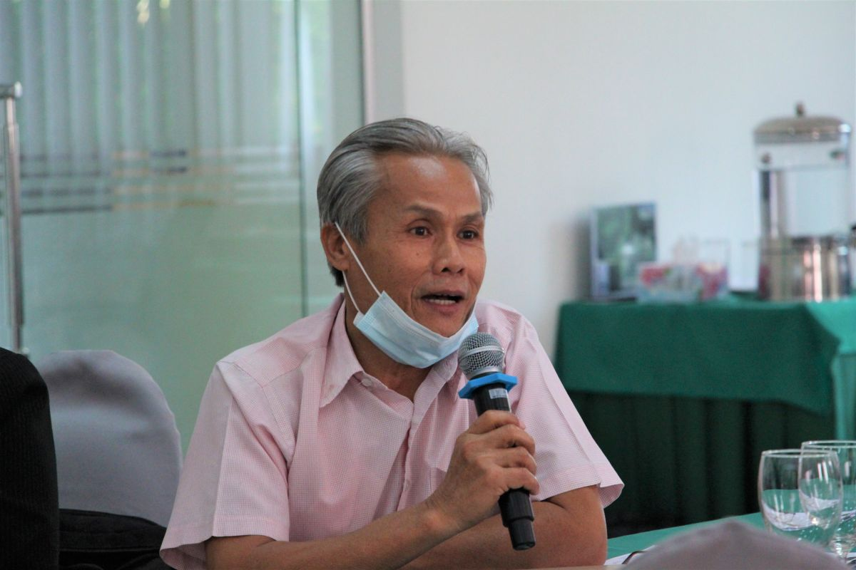 Civil society representative speaking on forest governance